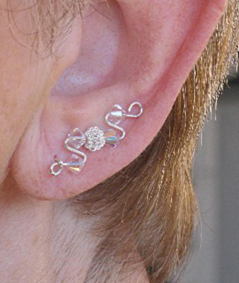earrings that go up the earlobe earring that goes up the ear three ways to wear ear 2161